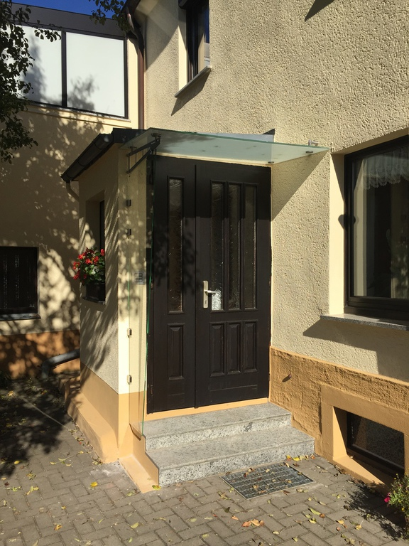glas nach ma vordachsysteme. Black Bedroom Furniture Sets. Home Design Ideas