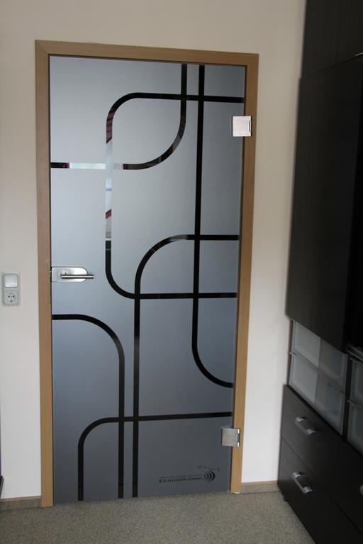 glas nach ma glast ren. Black Bedroom Furniture Sets. Home Design Ideas